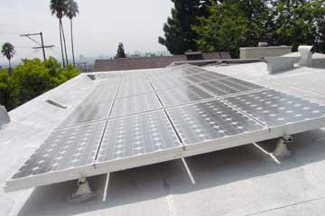 pose de paneaux photovoltaniques